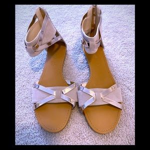 Bamboo sandals, size 9